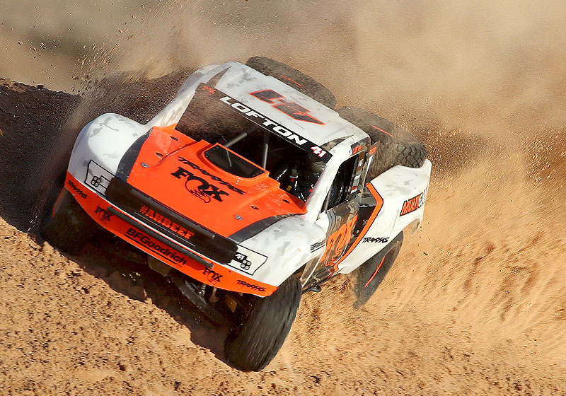 Unlimited Desert Racer kicking up a huge dust cloud