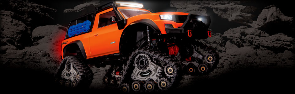 TRX-4 Equipped with TRAXX (#82034-4) (Orange)