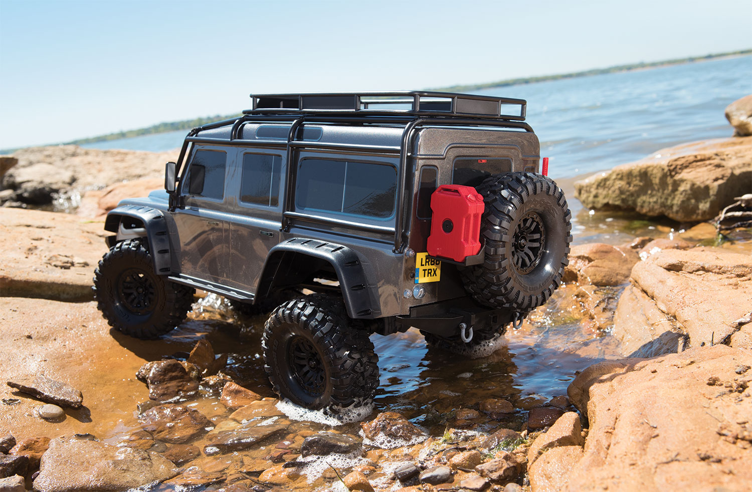 Traxxas TRX-4 1/10 Scale And Trail Crawler - Page 6 82056-4-Defender-lake-rear-Gray