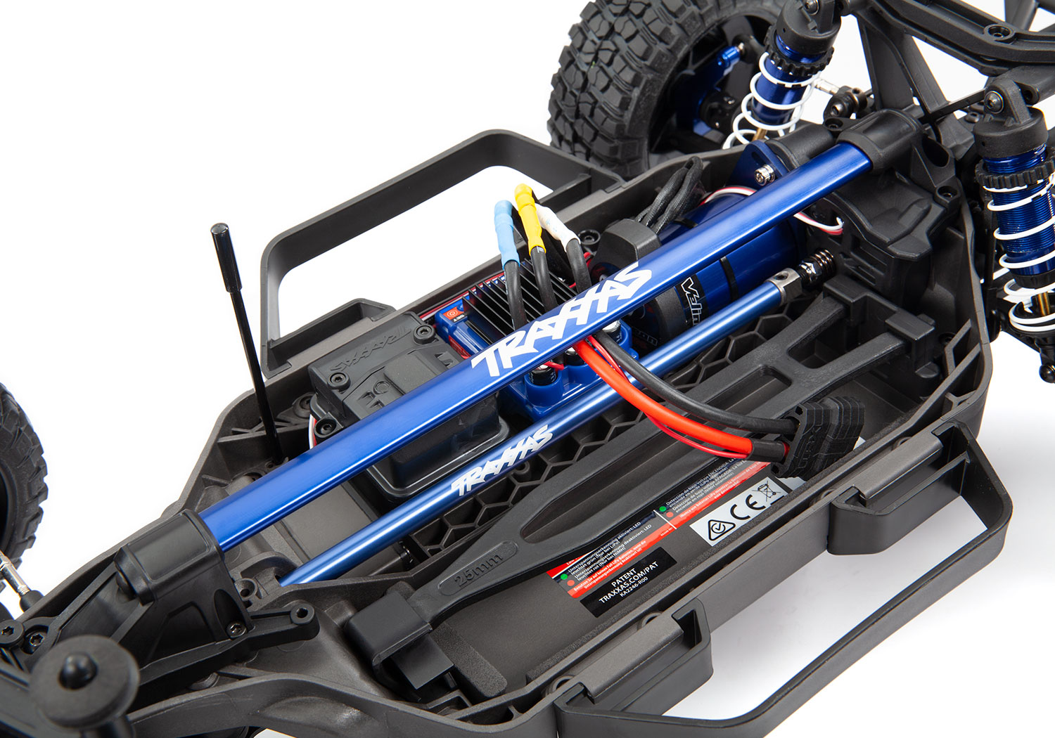 Slash Ultimate installed chassis brace