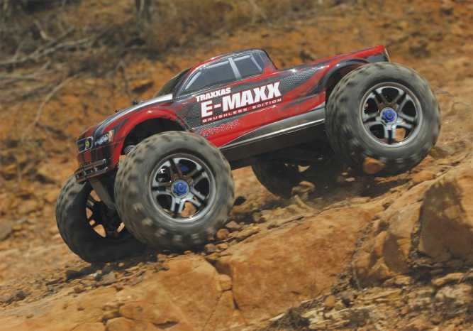 E-Maxx Brushless: 1/10 Scale Brushless Electric Monster Truck with ...