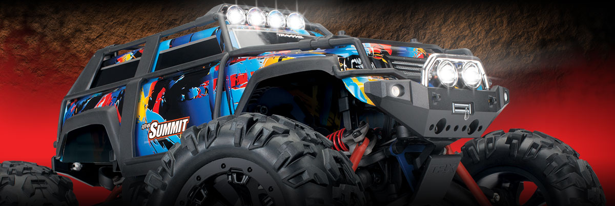 Traxxas 1/16 Summit 4x4 RC Monster Truck