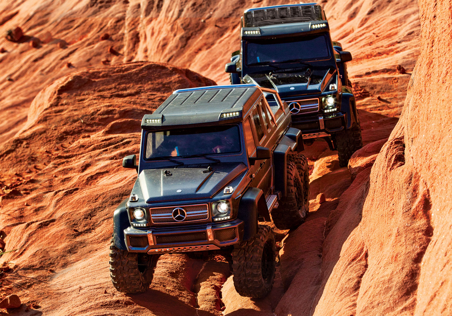 TRX-4 with Mercedes-Benz G 63 AMG 6x6 Canyon Trail