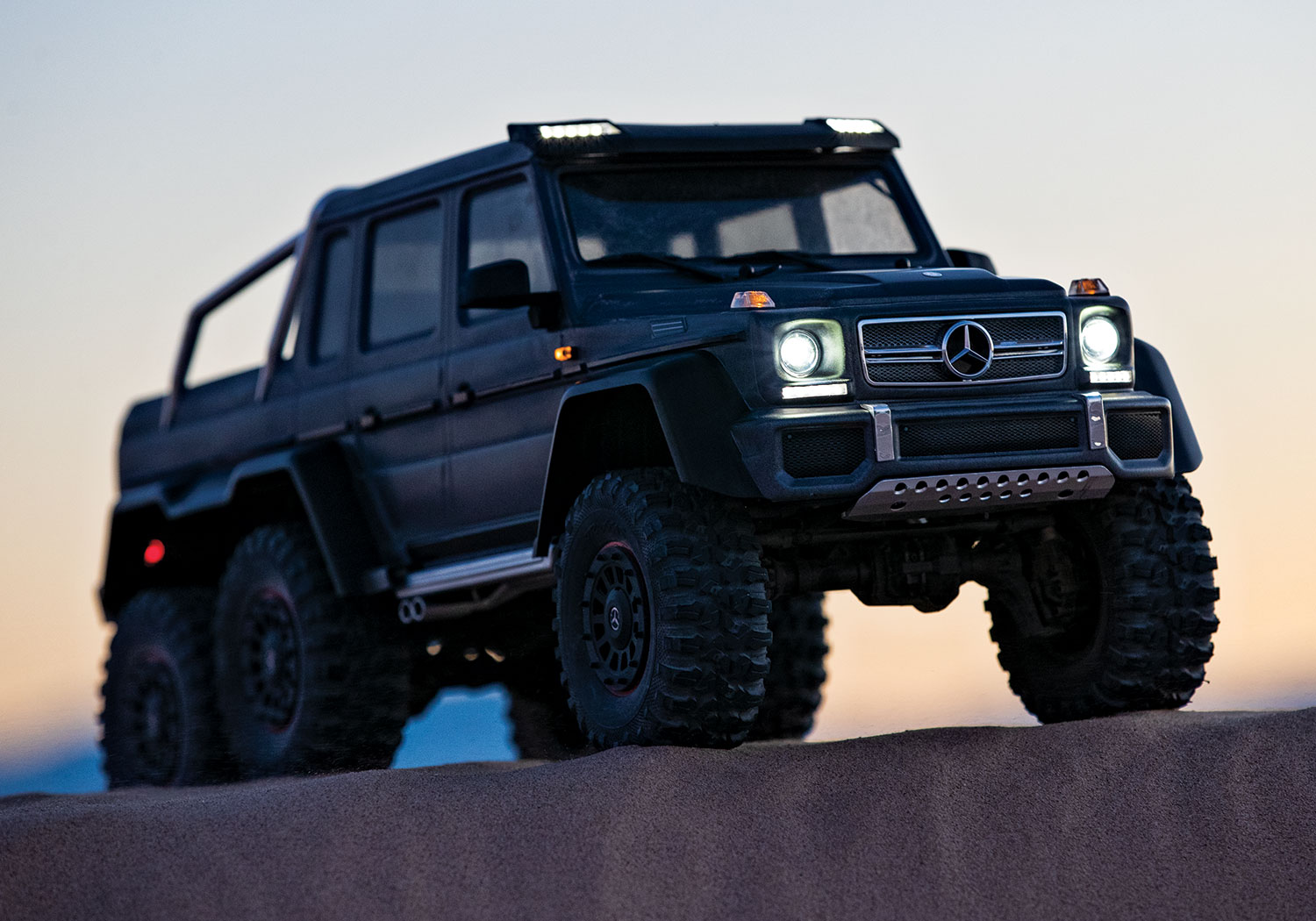 TRX-4 with Mercedes-Benz G 63 AMG 6x6 LED Lights
