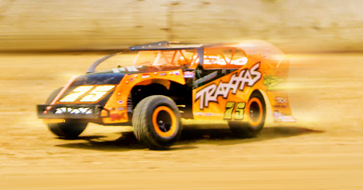 Slash Dirt Oval Racer